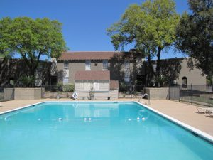 140 unit Whispering Oaks Apartments in Conroe, TX